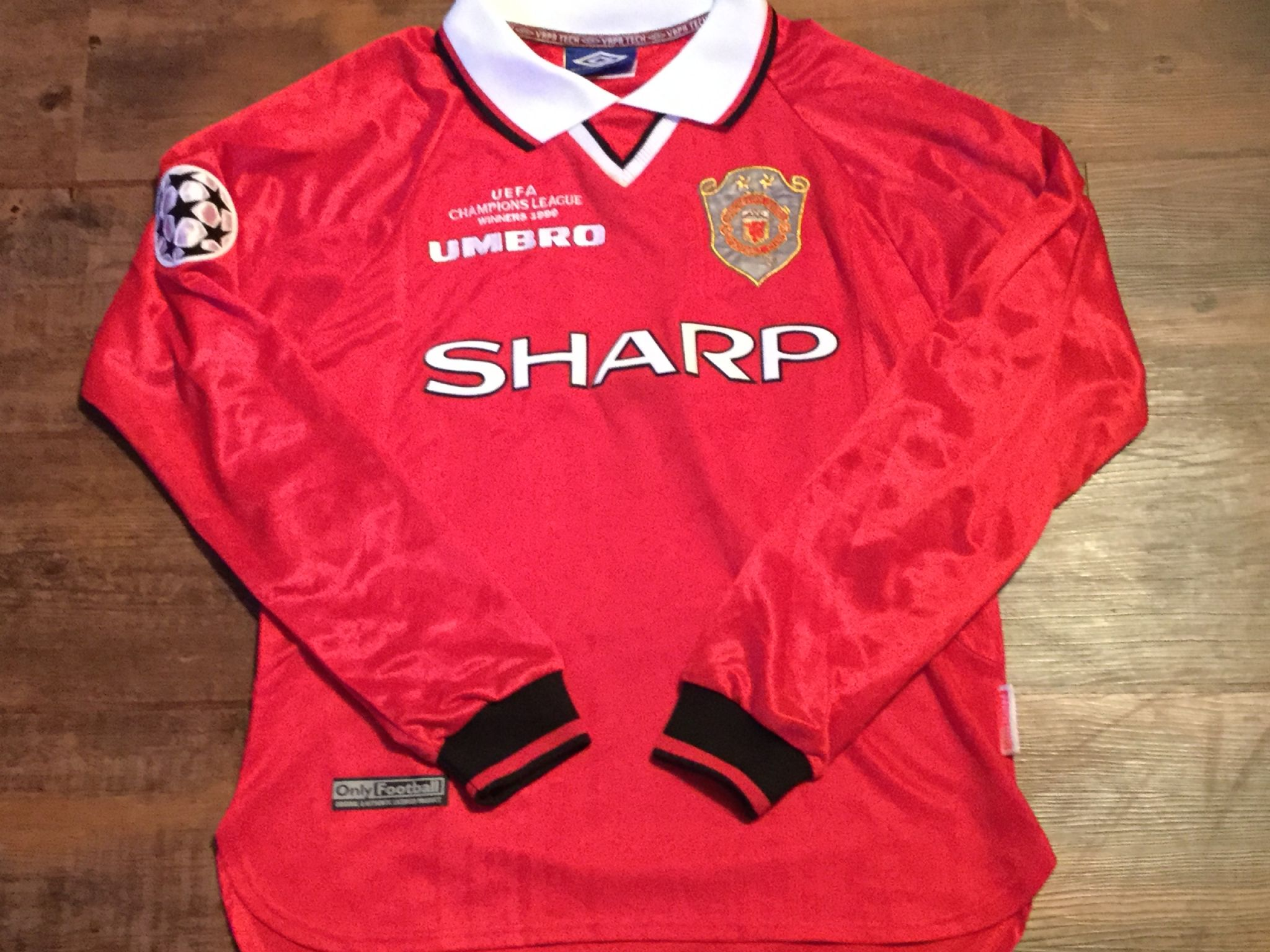 detailed look 5b524 dd6dd Global Classic Football Shirts | 1999 Manchester United ...